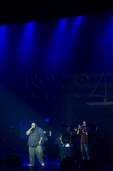 Show do BNegão & Seletores de Frequência no Auditório Ibirapuera, São Paulo - SP, 03/2013.