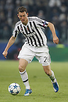 Calcio, Champions League: Gruppo D - Juventus vs Manchester City. Torino, Juventus Stadium, 25 novembre 2015. <br /> Juventus&rsquo; Stephan Lichsteiner in action during the Group D Champions League football match between Juventus and Manchester City at Turin's Juventus Stadium, 25 November 2015. <br /> UPDATE IMAGES PRESS/Isabella Bonotto