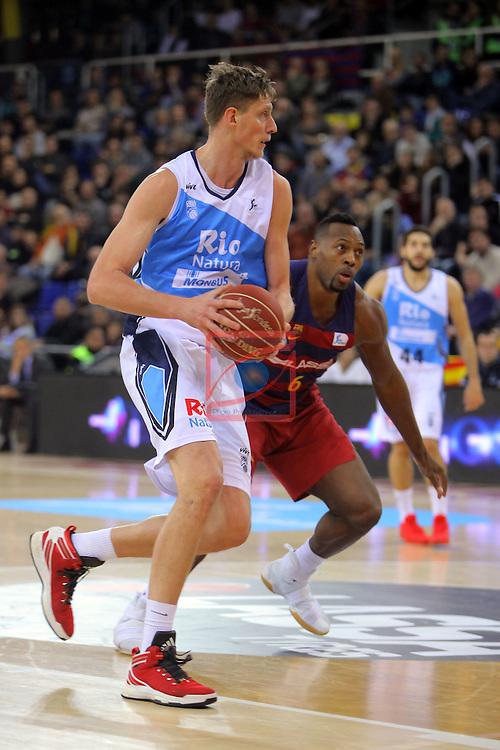 League ACB-ENDESA 2016/2017 - Game: 16.<br /> FC Barcelona Lassa vs Rio Natura Monbus Obradoiro: 100-76.<br /> Artem Pustovyi vs Joey Dorsey.