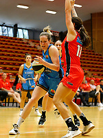 29th December 2019; Bendat Basketball Centre, Perth, Western Australia, Australia; Womens National Basketball League Australia, Perth Lynx versus Canberra Capitals; Keely Froling of the Canberra Capitals drives to the basket around the defence of Maddie Allen of the Perth Lynx - Editorial Use