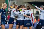 AMSTELVEEN - Mette Winter (SCHC) scoort tijdens de competitie hoofdklasse hockeywedstrijd dames, Pinoke-SCHC (1-8) .    COPYRIGHT KOEN SUYK
