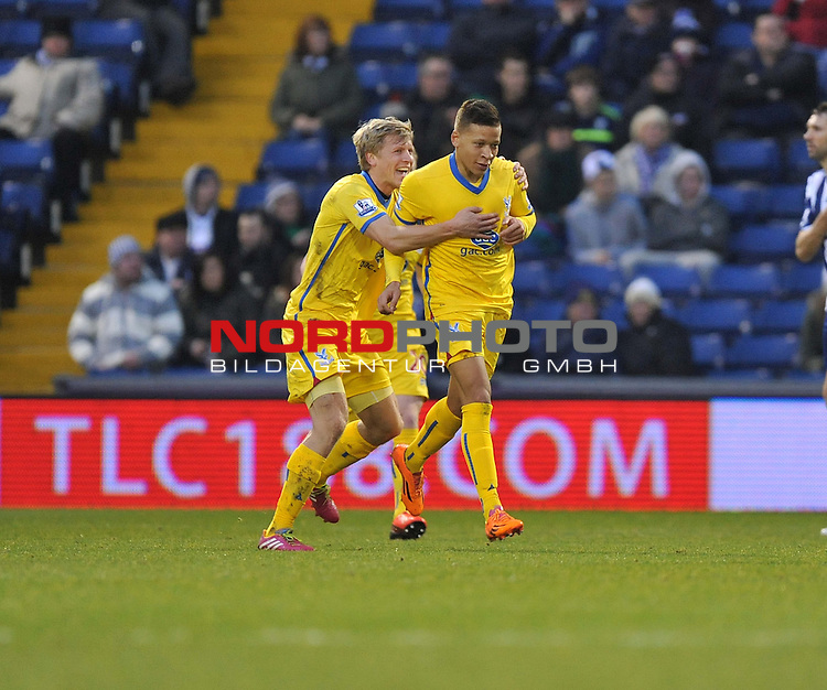 Crystal Palace's Dwight Gayle celebrates with Crystal Palace's Jonathan Parr after scoring. -  04/01/2014 - SPORT - FOOTBALL - West Bromwich - The Hawthorns - West Brom v Crystal Palace - FA Cup - Third Round<br /> Foto nph / Meredith<br /> <br /> ***** OUT OF UK *****