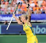 The Hague, Netherlands, June 12: Jodie Kenny #7 of Australia celebrates after scoring the winning goal during shoot-out during the field hockey semi-final match (Women) between USA and Australia on June 12, 2014 during the World Cup 2014 at Kyocera Stadium in The Hague, Netherlands. Final score after full time 2-2 (0-1). Score after shoot-out 1-3. (Photo by Dirk Markgraf / www.265-images.com) *** Local caption ***