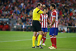 Atletico de Madrid´s Diego Costa and referee Jonas Eriksson during Champions League semifinal first leg soccer match between Atletico de Madrid and Chelsea, at the Vicente Calderon stadium, in Madrid, Spain, April 22, 2014. (ALTERPHOTOS/Victor Blanco)