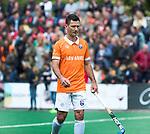 BLOEMENDAAL   - Hockey -  3e en beslissende  wedstrijd halve finale Play Offs heren. Bloemendaal-Amsterdam (0-3).  Jamie Dwyer (Bldaal) na het eindsignaal.  Amsterdam plaats zich voor de finale.  COPYRIGHT KOEN SUYK