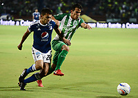 MEDELLÍN - COLOMBIA, 07-02-2018: Diego Arias (Der) jugador de Atlético Nacional disputa el balón con Jhon Duque Arias (Izq) jugador de Millonarios durante partido de vuelta de la SuperLiga Águila 2018 jugado en el estadio Atanasio Girardot de la ciudad de Medellín. / Diego Arias (R) player of Atletico Nacional  fights for the ball with Jhon Duque Arias (L) player of Millonarios during second leg match for the final of the SuperLiga Aguila 2018 at Atanasio Girardot stadium in Medellin city. Photo: VizzorImage/ León Monsalve /Cont