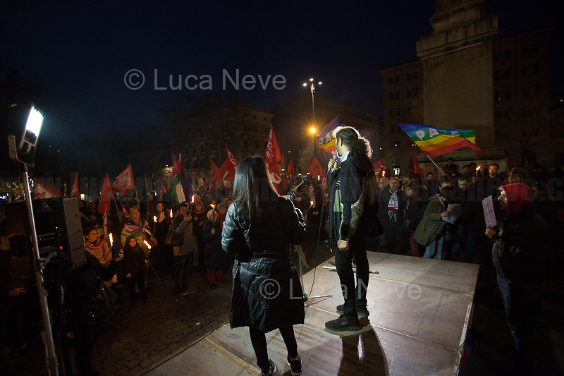 (From R to L) Syrian and Iranian citizens.<br />