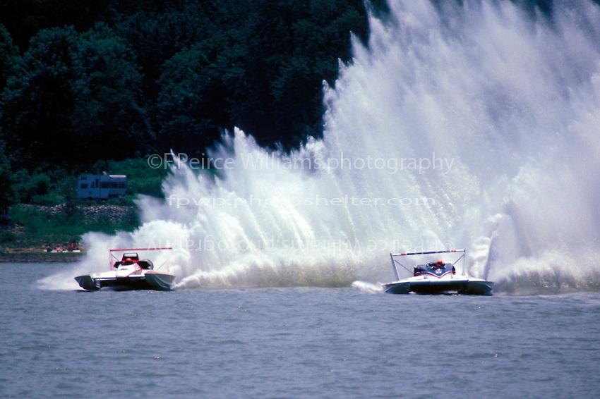 """Chip Hanuaer, U-00 """"Miller American"""" and Steve Reynolds, U-7-11 """"Miss 7-Eleven"""", Madison 1985"""