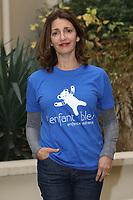 VALERIE KARSENTI (LA MARRAINE DE L'ASSOCIATION L'ENFANT BLEU-ENFANCE MALTRAITEE) - CONFERENCE DE PRESSE SUR LA MALTRAITANCE DES ENFANTS EN FRANCE A PARIS, FRANCE, LE 16/11/2017.