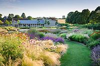Oudolf Gardens at Durslade Farm Book 2018