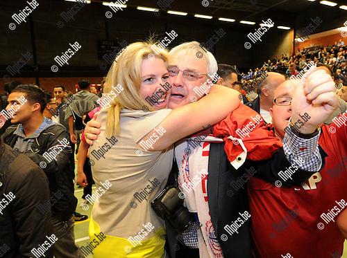 2012-05-11 / Futsal / seizoen 2011-2012 / Antwerpen is kampioen / Manager Staf Verbeeck viert ..Foto: Mpics.be