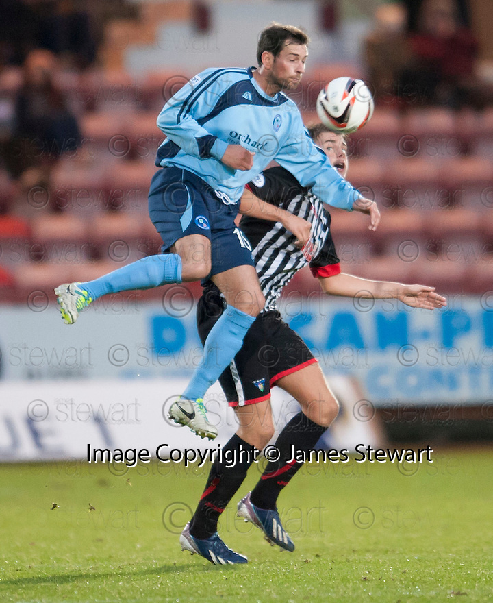 Forfar's Gavin Swankie gets above Par's Kerr Young.