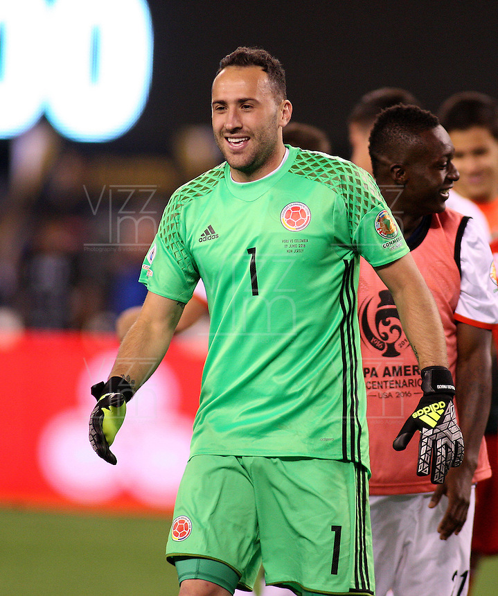 NEW JERSEY - UNITED STATES, 17-06-2016: David Ospina, jugador de Colombia celebra la clasificación a la semifinal al vencer al Peru, en el partido por los cuartos de final entre Colombia (COL) y Peru (PER)  por la Copa América Centenario USA 2016 jugado en el estadio MetLife en East Rutherford Nueva Jersey, USA. / David Ospina, player of Colombia celebrates the qualification to the semifinal after beat Peru in the match for the quarter of finals between Colombia (COL) and Peru (PER) for the Copa América Centenario USA 2016 played at MetLife stadium in East Rutherford, New Jersey, USA. Photo: VizzorImage/ Luis Alvarez /Cont.