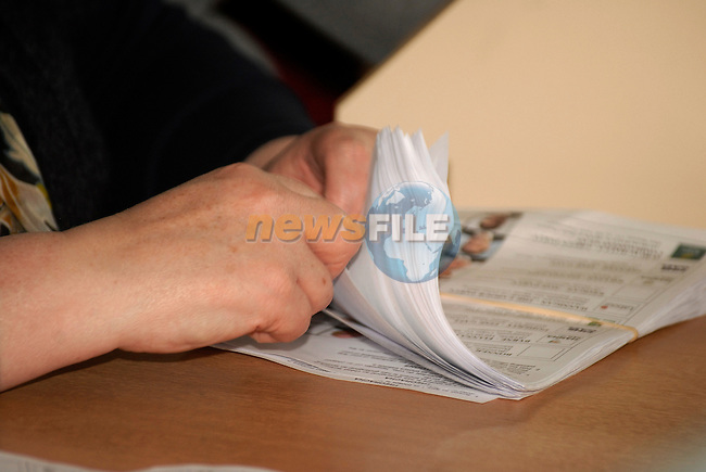 .General Election Count in Meath East, Ashbourne, Co Meath. 26/2/2011..Picture Andy Spearman/www.newsfile.ie.
