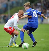 FUSSBALL   DFB POKAL   SAISON 2011/2012  1. Hauptrunde VfB Oldenburg - Hamburger SV                             30.07.2011 Goekhan TOERE (li, Hamburg) gegen Julian HARINGS (re, Oldenburg)