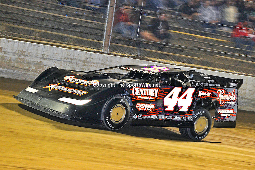 Sep 9, 2011; 10:46:47 PM; Rossburg, OH., USA; The 41st annual running of the World 100 Dirt Late Models racing for the Globe trophy at the Eldora Speedway.  Mandatory Credit: (thesportswire.net)