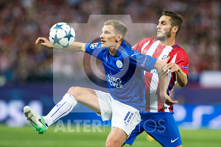 Marc Albringhton of Leicester City Football Club competes for the ball with Koke Resurrecccion of Atletico de Madrid  during the match of  Champions LEague between  Atletico de Madrid and LEicester City Football Club at Vicente Calderon  Stadium  in Madrid, Spain. April 12, 2017. (ALTERPHOTOS / Rodrigo Jimenez)