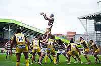 Graham Kitchener of Leicester Tigers wins the ball at a lineout. Aviva Premiership match, between Leicester Tigers and Worcester Warriors on October 8, 2016 at Welford Road in Leicester, England. Photo by: Patrick Khachfe / JMP