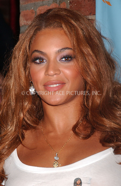 WWW.ACEPIXS.COM . . . . . ....July 10, 2007. New  York City.....Singer Beyonce arrives at Kelly Rowland's 'Ms. Kelly' album release party benefiting LifeBeat for AIDS at Home nightclub. ....Please byline: KRISTIN CALLAHAN - ACEPIXS.COM.. . . . . . ..Ace Pictures, Inc:  ..(646) 769 0430..e-mail: info@acepixs.com..web: http://www.acepixs.com