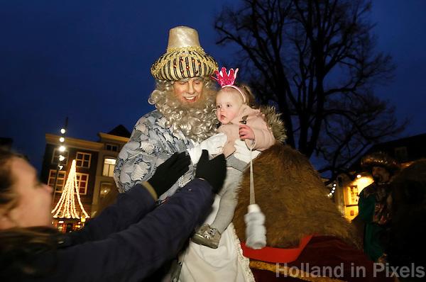 Nederland Den Bosch 2017-01-08.  Driekoningen viering. Optocht vanaf de Markt naar De Sint Jan.  Foto Berlinda van Dam / Hollandse Hoogte