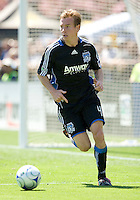 April 11, 2009:  Chris Leitch of Earthquakes in action against the Fire at Buck Shaw Stadium in Santa Clara, California. San Jose Earthquakes and Chicago Fire tied, 3-3