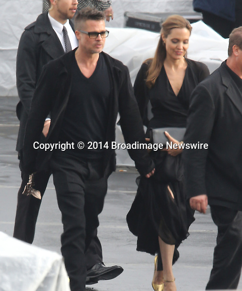 Pictured: Brad Pitt and Angelina Jolie<br /> Mandatory Credit &copy; Fernando Allende/Adriano Camolese/Broadimage<br /> Brad Pitt and Angelina Jolie signing authographs at the 2014 Independent Spirit Awards<br /> <br /> 3/1/14, Santa Monica, California, United States of America<br /> Reference: 030114_FALA_BDG_007<br /> <br /> Broadimage Newswire<br /> Los Angeles 1+  (310) 301-1027<br /> New York      1+  (646) 827-9134<br /> sales@broadimage.com<br /> http://www.broadimage.com