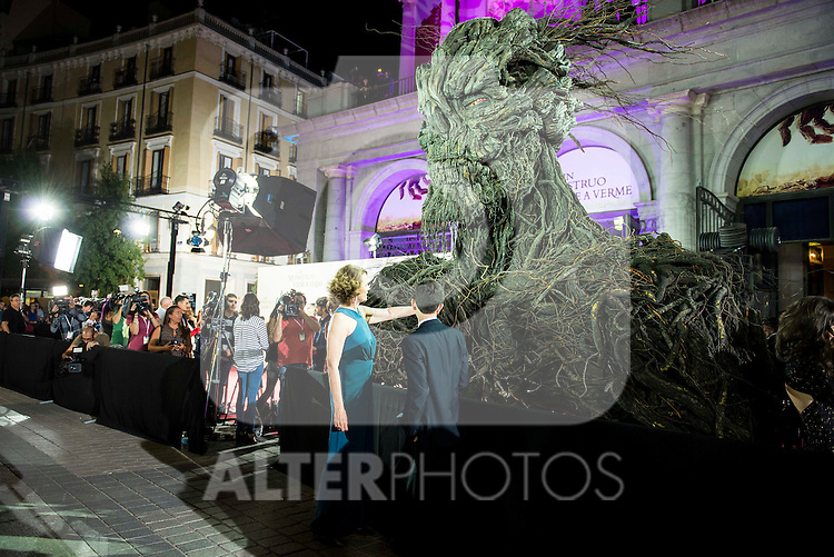 "Sigourney Weaver and Lewis MacDougall with the Monster during the premiere of the spanish film ""Un Monstruo Viene a Verme"" of J.A. Bayona at Teatro Real in Madrid. September 26, 2016. (ALTERPHOTOS/Borja B.Hojas)"
