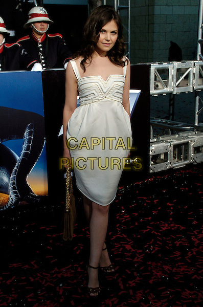 "GINNIFER GOODWIN.""Spider-Man 3"" US premiere during the 6th Annual Tribeca Film Festival held at United Artist Kaufman Astoria Cinema 14, Queens, New York, USA,.30 April 2007..full length white cream dress.CAP/ADM/BL.©Bill Lyons/AdMedia/Capital Pictures. *** Local Caption ***"