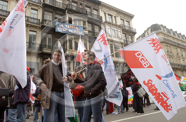 Brussels-Belgium - 19 March 2005---The European Trade Union Confederation (ETUC) called for a demonstration and more than 50.000 demonstrators came into the city of Brussels to demand more and better jobs, to defend a social Europe and to withdraw the Bolkestein directive; here, participants from Solidarnosc - DGB---Photo: Horst Wagner/eup-images