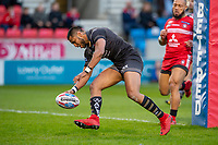Picture by Allan McKenzie/SWpix.com - 26/04/2018 - Rugby League - Betfred Super League - Salford Red Devils v St Helens - AJ Bell Stadium, Salford, England - St Helens's Dominique Peyroux scores a try against Salford.