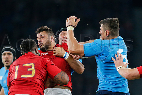 19.09.2015. Twickenham, London, England. Rugby World Cup. France versus Italy. Damien Chouly of France is tackled by Alessandro Zanni and Francesco Minto of Italy. and Francesco Minto of Italy