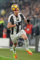 Calcio, semifinale di andata di Tim Cup: Juventus vs Napoli. Torino, Juventus Stadium, 28 febbraio 2017.<br /> Juventus&rsquo; Mario Mandzukic in action during the Italian Cup semifinal first leg football match between Juventus and Napoli at Turin's Juventus stadium, 28 February 2017.<br /> UPDATE IMAGES PRESS/Manuela Viganti