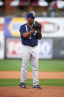 Pensacola Blue Wahoos pitcher Keyvius Sampson (32) gets ready to deliver during a game against the Mississippi Braves on May 27, 2015 at Trustmark Park in Pearl, Mississippi.  Pensacola defeated Mississippi 7-5 in fourteen innings.  (Mike Janes/Four Seam Images)