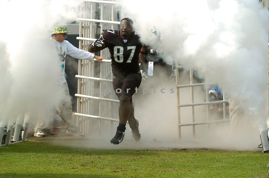 GEORGE WRIGHSTER, of the Jacksonville Jaguars during their game  against the Indianapolis Colts on December 10, 2006 in Jacksonville, FL...Jaguars win 44-17..DAVID DUROCHIK / SPORTPICS