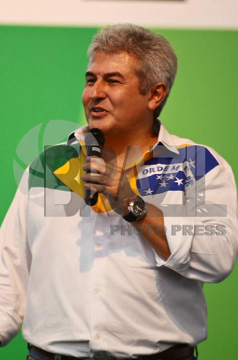 SAO PAULO, SP, 07 DE FEVEREIRO DE 2012 - CAMPUS PARTY - O astronauta e professor Marcos Pontes durante Palestra - Término dos voos do ônibus espacial da NASA, na Campus Party no Anhembi em Sao Paulo, nesta terça-feira, 07. (FOTO: ALEXANDRE - MOREIRA - NEWS FREE).