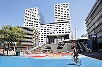 Nederland Utrecht . Het nieuwe Stadskantoor bij Centraal Station