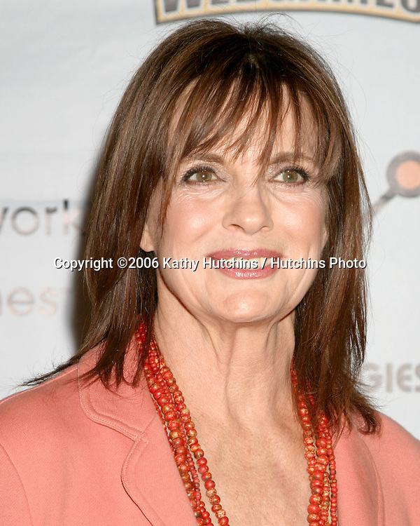 Linda Gray .58th Primetime Emmy Awards.Shrine Auditorium.Los Angeles, CA.August 27, 2006.©2006 Kathy Hutchins / Hutchins Photo....                 Linda Gray .Celebrity Lingo part of WorldWinner Tournment .Hollywood & Highland.Los Angeles, CA.September 9, 2006.©2006 Kathy Hutchins / Hutchins Photo....