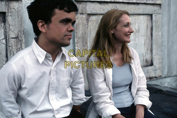 Peter Dinklage, Patricia Clarkson  .in The Station Agent.*Filmstill - Editorial Use Only*.CAP/PLF.Supplied by Capital Pictures.
