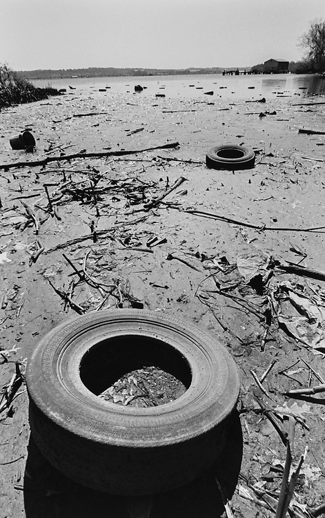 Tires and other trash in the Potomac River, Virginia side in April 1997. (Photo by Laura Patterson/CQ Roll Call via Getty Images)