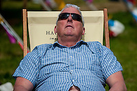 Tuesday 31 May 2016. Hay on Wye, UK<br /> Pictured: A man snoozes in the sun and the warm weather continues<br /> Re: The 2016 Hay festival take place at Hay on Wye, Powys, Wales