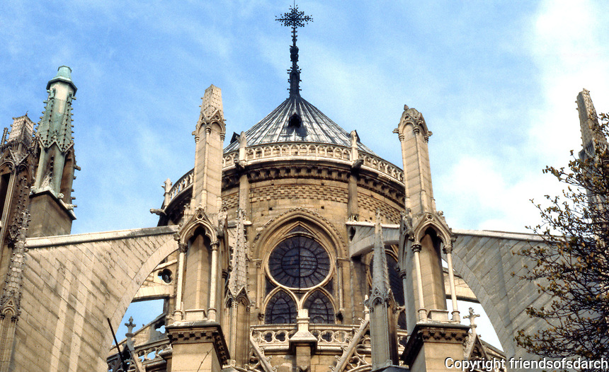 Paris: Notre Dame--buttresses. Photo '87.