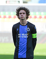 20191022 – OOSTENDE , BELGIUM : Brugge's Maxim De Cuyper pictured during a soccer game between Club Brugge KV and Paris Saint-Germain ( PSG )  on the third matchday of the UEFA Youth League – Champions League season 2019-2020 , thuesday  22 th October 2019 at the Versluys Arena in Oostende  , Belgium  .  PHOTO SPORTPIX.BE | DAVID CATRY