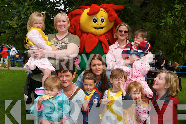 DAY OUT: Enjoying a day out at the.Teddy Bears Picnic in Tralee Town.Park on Friday morning were:.Denise OSullivan, Lara Flynn, Mr..Sunflower, Jean Dowling, Michelle.Flynn, Luke Flynn, Elerina.Murphy, Cliona.Murphy, Patricia.Casey, Elizabeth.Slattery, Keilan.Dowling, Luke.OCallaghan and.H e a t h e r.OBrien.