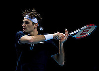 Roger Federer (SUI) (1) against Nicolay Davydenko (RUS) (6) in the Semi-Finals of the Barclays ATP World Tour Finals. Davydenko beat Federer 6-2 4-6 7-5..International Tennis - Barclays ATP World Tour Finals - O2 Arena - London - Day 7 - Sat 28 Nov 2009..© Frey  - AMN IMAGES, 1st Floor, Barry House, 20-22 Worple Road, London, SW19 4DH. Tel +44 20 8947 0100