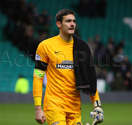 27.12.2014. Glasgow, Scotland. Scottish Premiership. Celtic versus Ross County. Craig Gordon leaves the pitch after the 0-0 draw