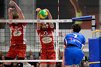GRONINGEN - Volleybal, Abiant Lycurgus - Noriko Maaseik, Alfa College , Champions League , seizoen 2017-2018, 08-11-2017 Lycurgus speler Frits van Gestel slaat in het blok
