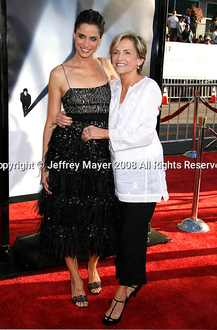 "Actress Amanda Peet and mother Penny arrive at the The World Premiere of ""The X-Files: I Want To Believe"" at Mann's Grauman Chinese Theatre on July 23, 2008 in Hollywood, California."