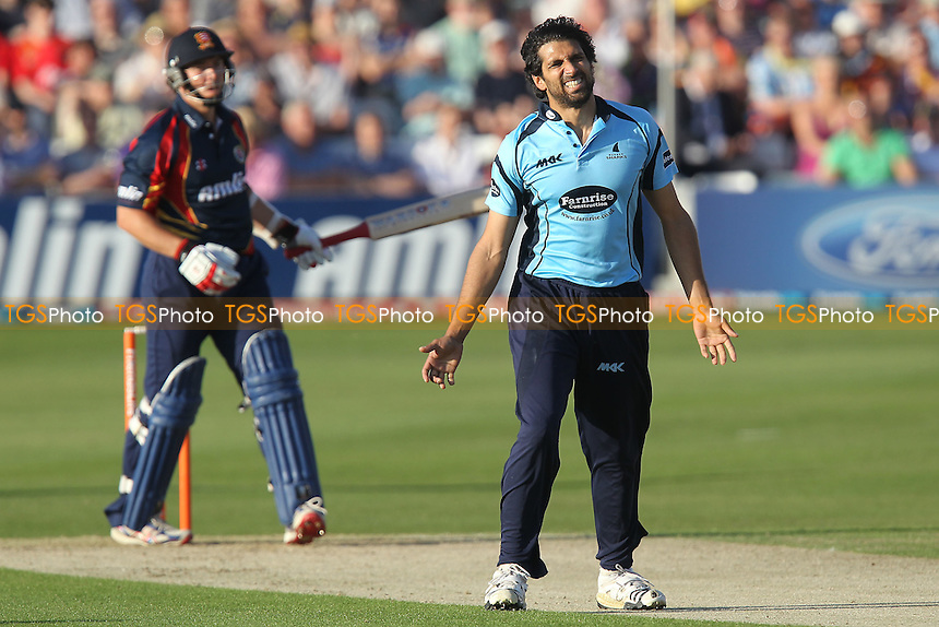 Amjad Khan of Sussex appeals in vain for the wicket of Graham Napier - Essex Eagles vs Sussex Sharks - Friends Life T20 Cricket at the Ford County Ground, Chelmsford, Essex - 28/06/12 - MANDATORY CREDIT: Gavin Ellis/TGSPHOTO - Self billing applies where appropriate - 0845 094 6026 - contact@tgsphoto.co.uk - NO UNPAID USE.