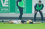 Solna 2015-10-04 Fotboll Allsvenskan AIK - Malm&ouml; FF :  <br /> AIK:s Stefan Ishizaki firar sitt 2-1 m&aring;l under matchen mellan AIK och Malm&ouml; FF <br /> (Foto: Kenta J&ouml;nsson) Nyckelord:  AIK Gnaget Friends Arena Allsvenskan Malm&ouml; MFF jubel gl&auml;dje lycka glad happy
