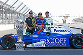 Verizon IndyCar Series<br /> Indianapolis 500 Winner Portrait<br /> Indianapolis Motor Speedway, Indianapolis, IN USA<br /> Monday 29 May 2017<br /> Takuma Soto poses for the 500 winner photos<br /> World Copyright: Phillip Abbott<br /> LAT Images<br /> ref: Digital Image abbott_indyD_0517_35375